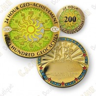 Este lote contiene un geocoin trackable en  www.geocaching.com  y un pin combinados.