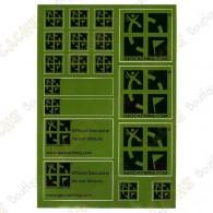 Plancha de 18 pegatinas con el logotipo oficial de geocaching en un fondo verde